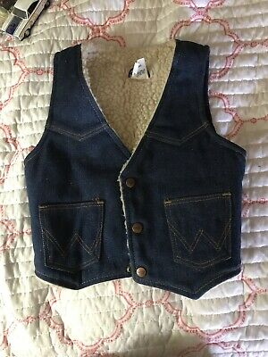 Vintage Wrangler Sheep Wool Western Vest Boys 15 Inches Top To Bottom