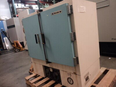 Blue M Electric DL-1326B Laboratory Mechanical Convection Electric Oven Furnace