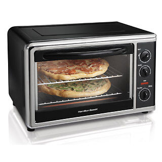 Black Toaster Oven by Hamilton Beach