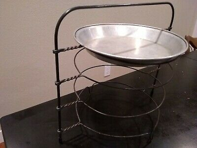 Vintage Primitive Twisted Wire 4 Tier Level Pie Cooling Rack Metal Riser Stand