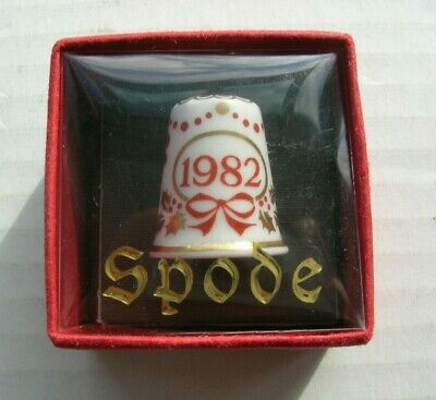 Vintage Spode Bone China Christmas 1982 Thimble Numbered With Original Case