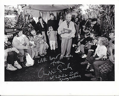 Andrew Sachs Hand Signed 10 X 8 Photograph At London Zoo Storytelling