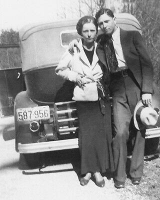 1933 Bank Robbers BONNIE & CLYDE Glossy 8x10 Photo Criminal Print Vintage Poster