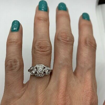 Antique Art Deco platinum diamond ring old European cut