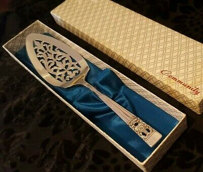 Oneida Community Coronation Cake Lifter Boxed 1936 Art Deco