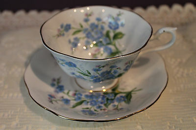 Beautiful Royal Albert Teacup And Saucer  - For-Get-Me-Not - Avon Shape