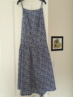New look great condition ditsy blue floral high neck summer dress size 6