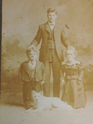 Antique Cabinet Card Photo Dwarf midget couple SAmoyed Spitz Eskimo white dog