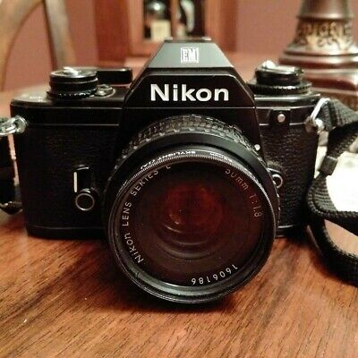 Nikon Camera EM (vintage camera), Lens Series E 50mm, 1:1,8 Good Condition !
