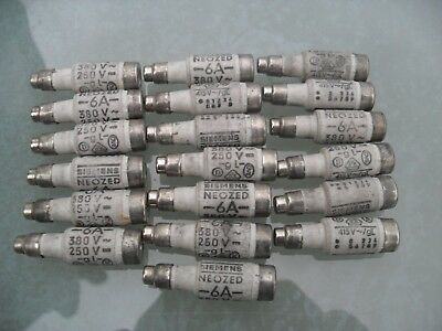 Job lot 19 x Siemens neozed bottle fuses 6A, D01, gL, 380/250v.