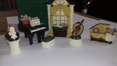 Collectable Avon Miniature Victorian Music Room Dolls House Furniture.