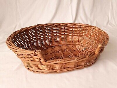 Vintage Traditional Oval Wicker Cat or Small Dog Pet Bed Basket #2