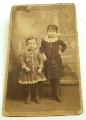 ANTIQUE CDV PHOTO TWO YOUNG SIBLINGS WEARING LACE COLLARS ILLINOIS 1880-1890s