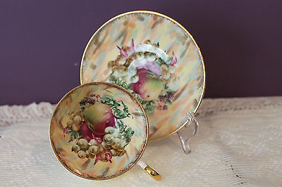 Vintage Old Royal Bone China England Teacup And Saucer - Fruits Pattern