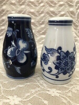 Pier 1 Mandarin Salt Pepper Shakers Set S Blue/white Chintz Porcelain 3 1/2 In