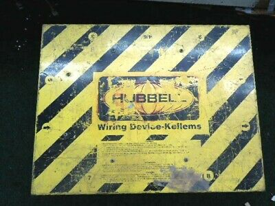 HUBBELL WIRING DEVICE-KELLEMS SBSB1A Power Distribution SPIDER Box, 50 AC, 120V