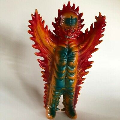vintage Bullmark KITTY FIRE Mirrorman kaiju sofubi vinyl Tsuburaya monster Japan