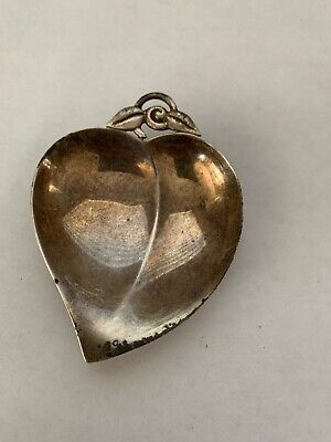 Tiffany & Co Makers Sterling Silver Heart Leaf Shaped Footed Dish Bowl 22886 M