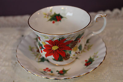 Royal Albert Bone China England Teacup And Saucer(S) - Yuletide