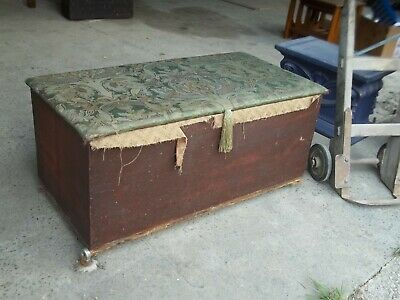 Large Antique 19Th Century Victorian Pitched Pine Wood Blanket Box, Shop Prop Tt