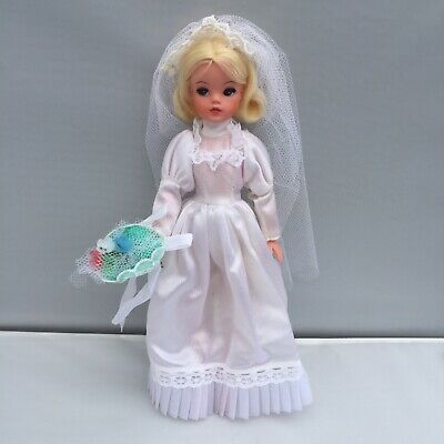 SINDY Incredibly RARE 1975 Bride PROTOTYPE CATALOGUE DOLL Pedigree Immaculate