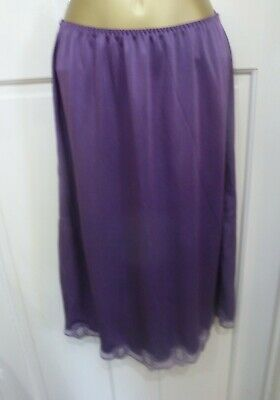 Vintage Gorgeous Plum Thicker Silky Nylon Half Slip Pretty Lace Size 12-14