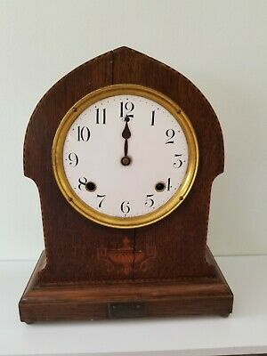 Chiming Mantle clock for spares or repairs