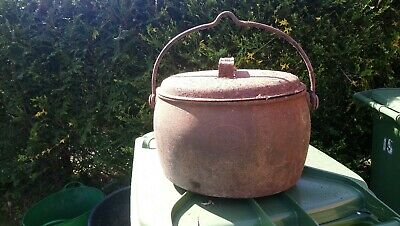 T. Holcroft 3 gallon Vintage  Cast Iron Cooking Pot