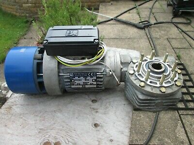 MGM 3 Phase Motor and Gearbox, used.