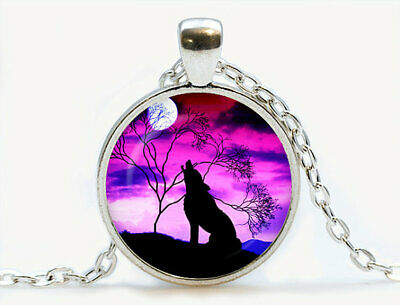 Wolf howling at the moon pendant Wolf howling at the moon necklace Wolf Nature