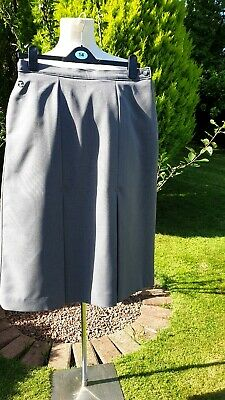 """Taylor Bowls Clothing Clan Lands Grey Skirt Sz14""""W 28""""L New unused no tags"""