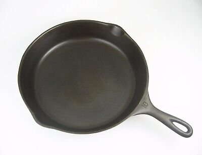 Vintage Wagner Ware Cast Iron Skillet #10 P/N 1060R Smooth Bottom Stylized Logo