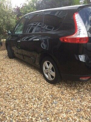 Renault Grand Scenic DYN DCI 106 7 seater