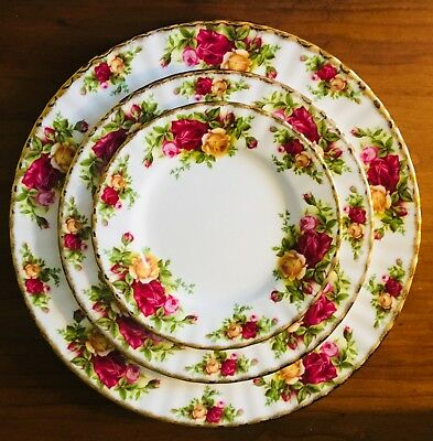 Royal Albert Old Country Roses Fine Bone China 3 Pc Dinner Salad Bread Plate Set