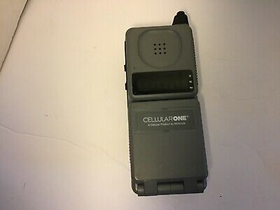 Vintage Motorola Digital Personal Communicator Flip Phone F09HLD844BG