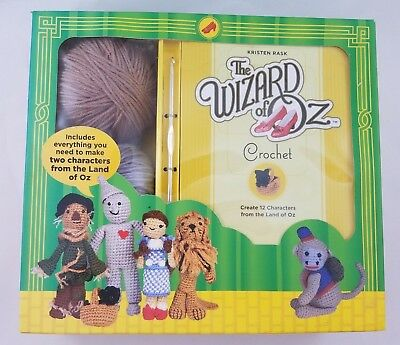 Wizard of Oz Crochet Kit, 12 Characters, Book Hooks Yarn, Dorothy, Lion, Witch