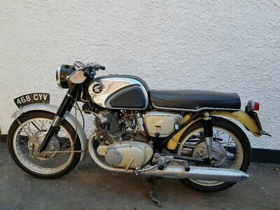 1961 Honda CB72 : 1 owner from new, my dad. Light restoration project