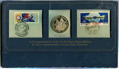 USA: 1975 Apollo-Soyuz Space Station Silver medal PNC folder, 38mm Faults