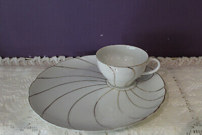 Vintage Gold Swirl Tea Cup And Plate Snack Luncheon Set