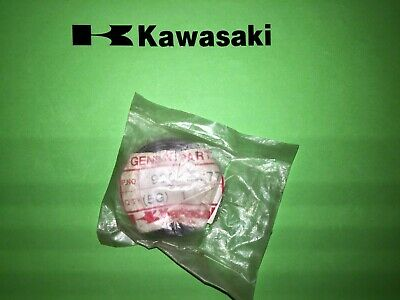Kawasaki  ZX600R Ninja 1985 to 1989 Fork Oil Seal Genuine 92049-1177