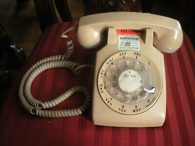 Vintage Bell Systems Beige Rotary Desk Telephone Good Working Order 500Dm