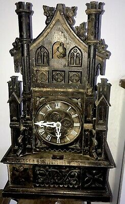 Large Wooden Antique/vintage Black Forest  Cuckoo Clock For Spares/Repairs