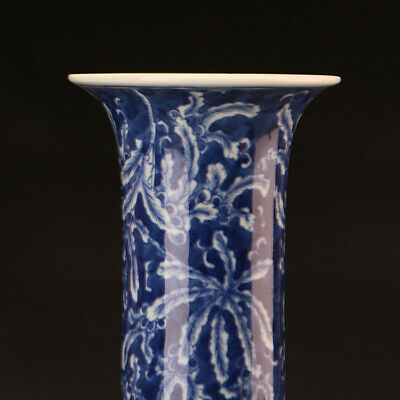 Chinese ancient antique hand make Blue and white  vase  A pair