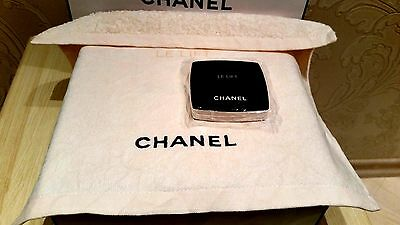 NEW SMALL PRESSED LIGHT PINK TOWEL CHANEL LE LIFT (see description)