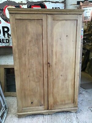 192cm X 125cm Reclaimed Antique Old Pine Double Door Wardrobe Cupboard