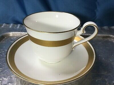 rare Heinrich W. Germany Villeroy & Boch Gold Brocade Bone China Cup and Saucer