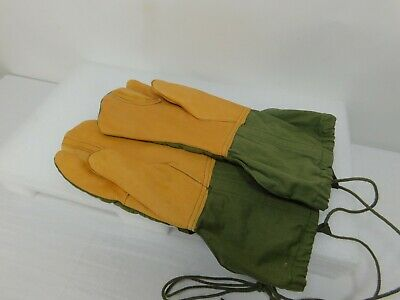 U.S. Military Army Mitten Cold Weather Trigger Finger M-1965 Gloves Sz M