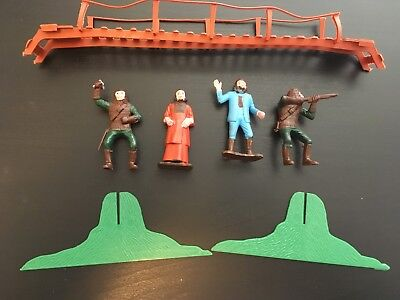 Vintage 1960's MPC Planet of the Apes (POTA) Plastic Figures with bridge & parts