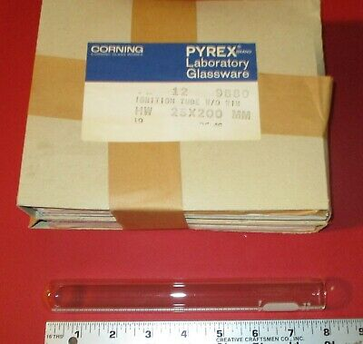 12 Pyrex Laboratory Glassware Ignition Tubes 9880, 25 x 200 mm, Corning, Glass