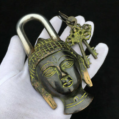Rare Chinese old style Brass Carved Lifelike Buddha padlock lock and key